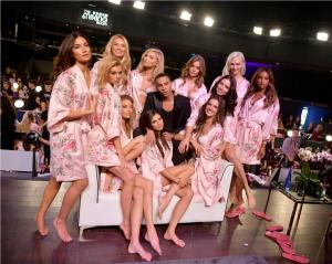 Olivier Rousteing and Models (3)