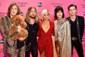 The Victoria's Secret Fashion Show Pink Carpet Nov 18-5 25