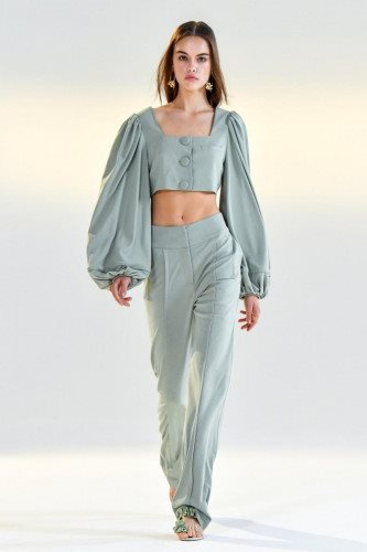 Vivienne Hu Spring Summer 2021 Debut in New York Fashion Week