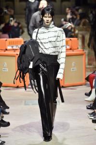Paris Fashion Week -Yang Li Runway Show Fall Winter 2018 Womenswear 15