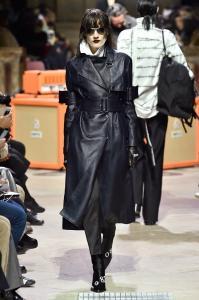 Paris Fashion Week -Yang Li Runway Show Fall Winter 2018 Womenswear 17