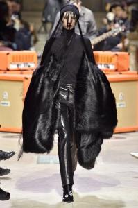 Paris Fashion Week -Yang Li Runway Show Fall Winter 2018 Womenswear 37